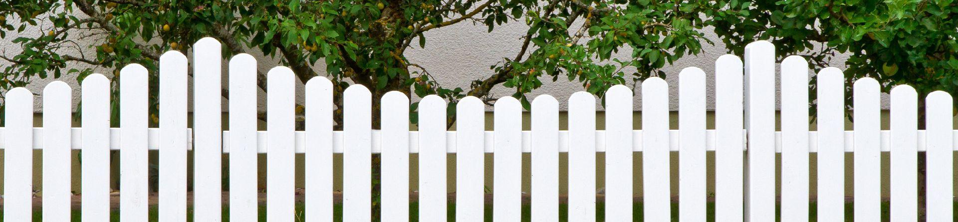 Malerarbeiten im Garten